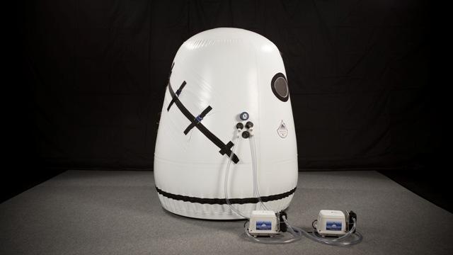 60ÔÇØ Vertical Hyperbaric Chamber
